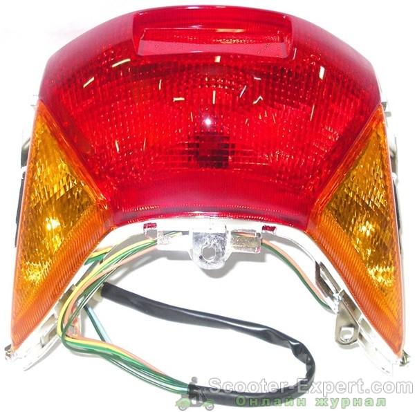 Как заменить лампочку заднего стопа и габарита на скутере