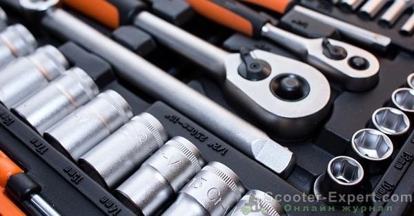 Элементарные инструменты для простого ремонта скутера